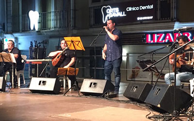 La cançó tradicional valenciana es fa moderna a Dénia i ja…