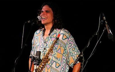 Antonio Lizana embruixa el públic amb el seu peculiar flamenc jazz a Dénia