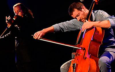 """Matthieu Saglio, """"el violoncel·lista dels mil accents"""""""